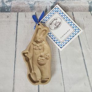 1992 Brown Bag Cookie Art Farmer Bunny Rabbit Mold